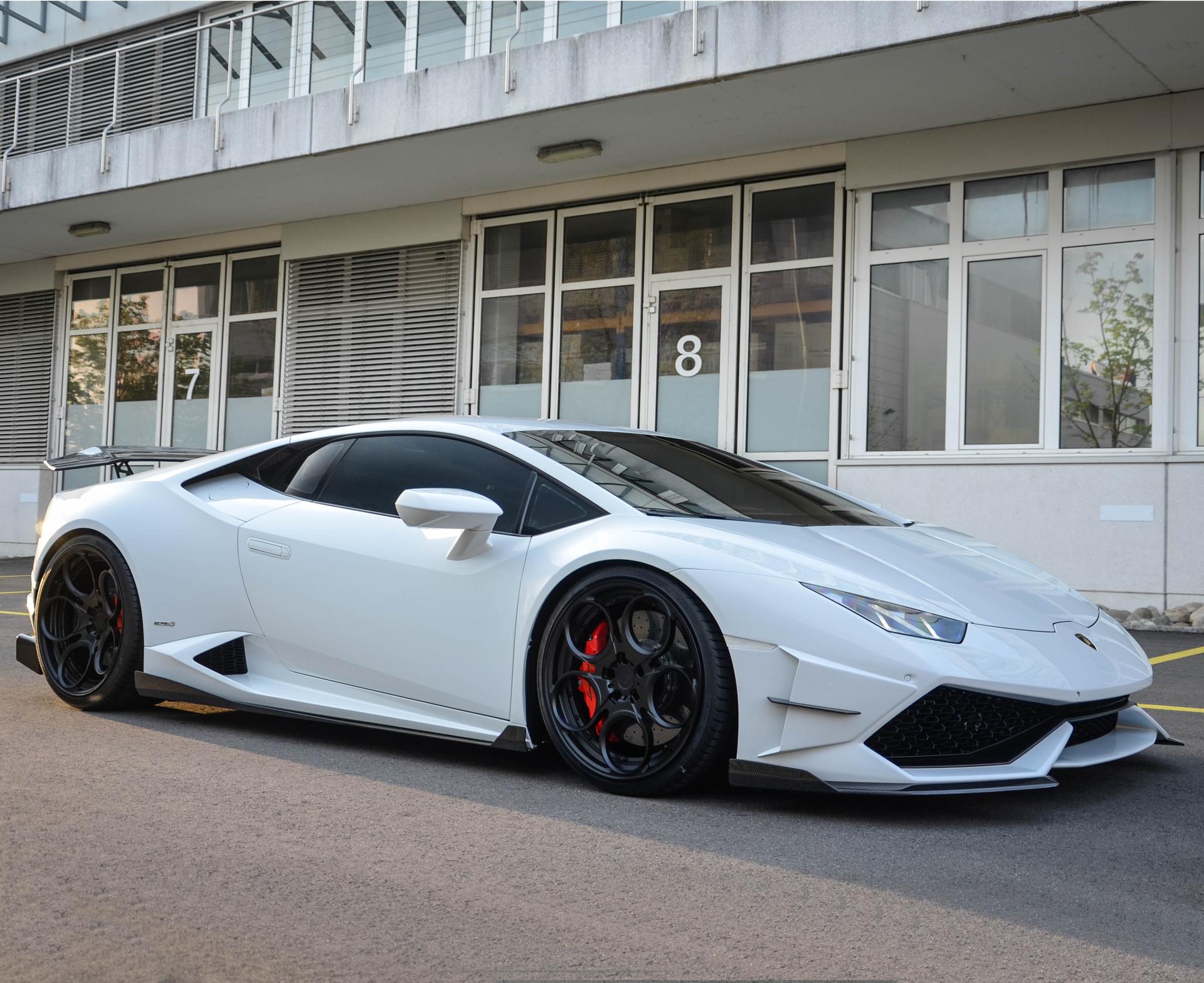 DMC Affari: Carbon Fiber Body Kit for the Lamborghini Huracan